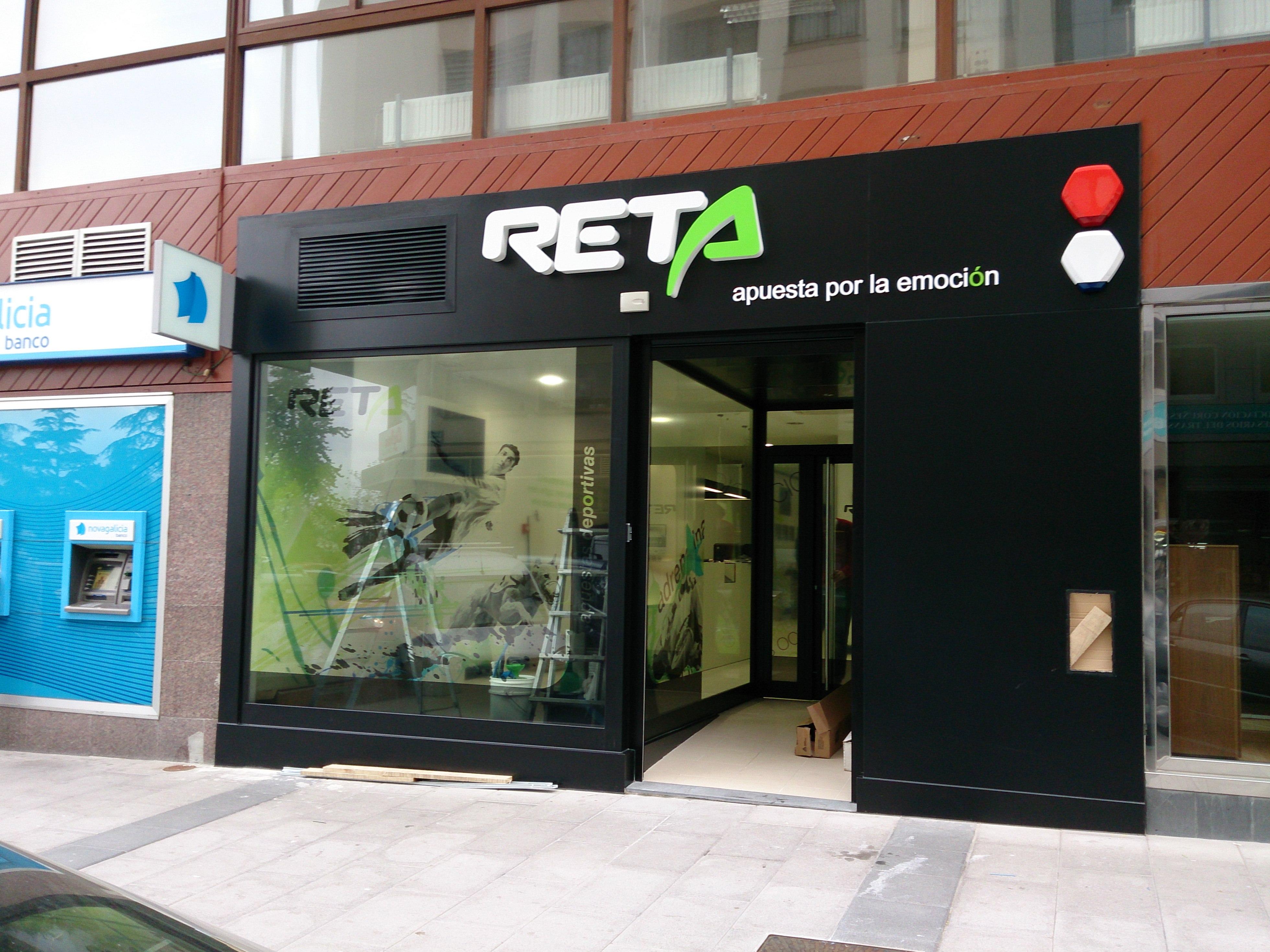 http://luzcoruna.es/wp-content/uploads/2020/03/2013-05-23-20.08.59-Reta-Coruña.jpg