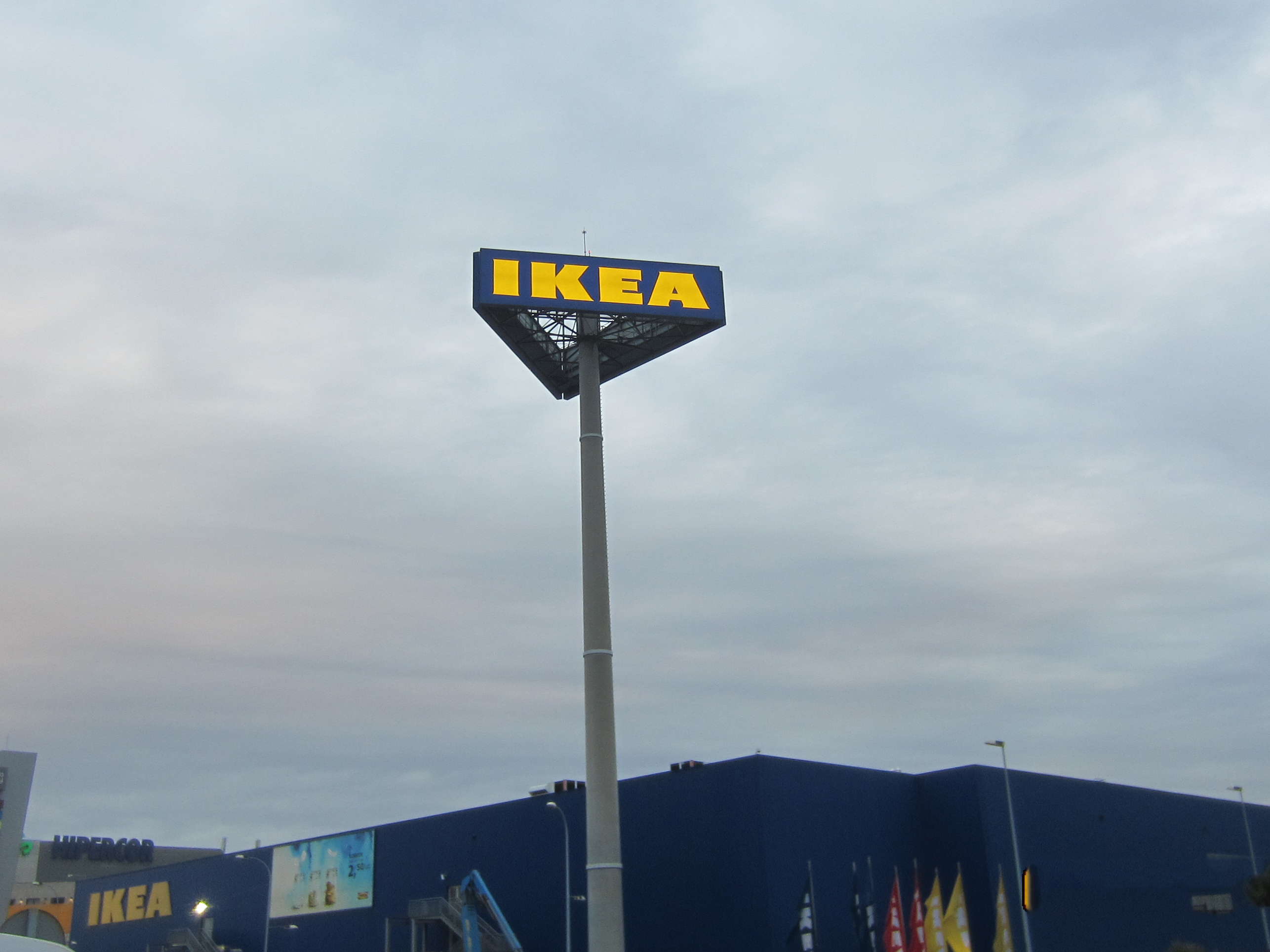 http://luzcoruna.es/wp-content/uploads/2020/03/IKEA-6.jpg